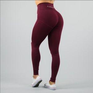 98593f6be7bdf NVTGN Pants | Nvgtn Contour Seamless Leggings New | Poshmark